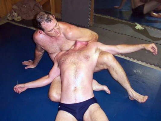 guys erotic sleeper hold submission